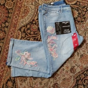 Nine West embroidered Chrystie Capri size 14